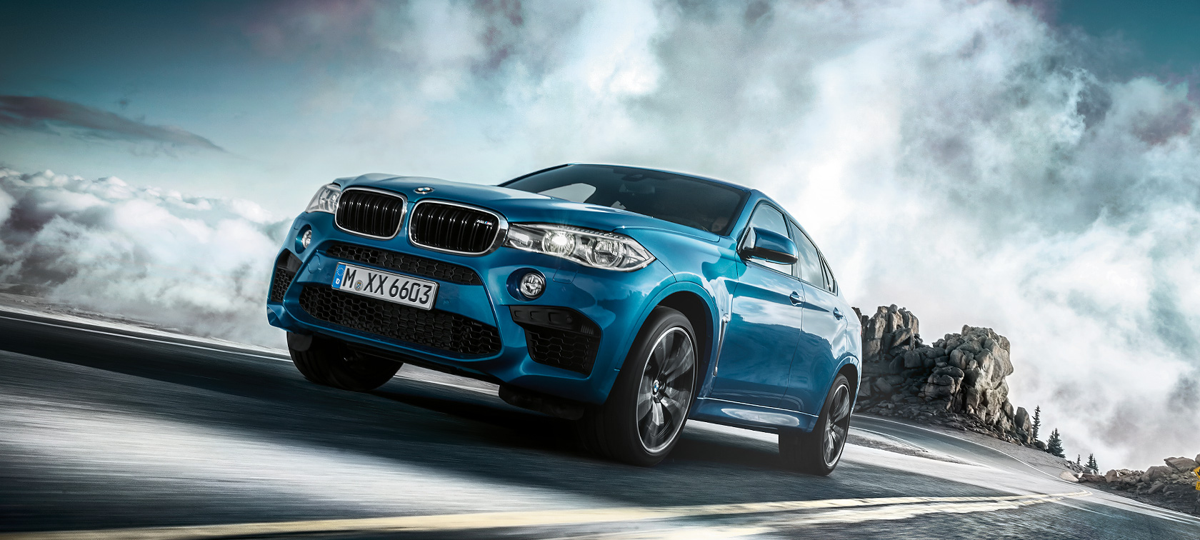 Driving dynamics & efficiency of the BMW X6 M